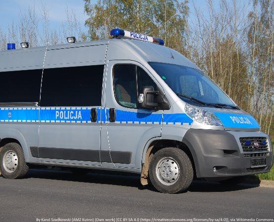 Policja Stargard: Policyjny pościg zakończony zatrzymaniem nietrzeźwego kierującego, który nie zatrzymał się do kontroli i spowodował kolizję
